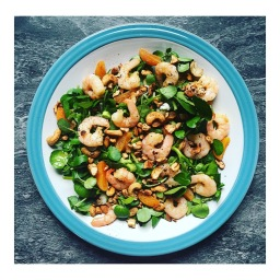 HONEYED GINGER PRAWNS WITH APRICOTS & SPICED CASHEWS (BUZZ MAGAZINE)