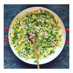 WILD RICE WITH SHREDDED SPROUTS & SPICED PINEAPPLE