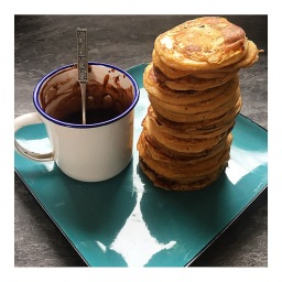 PEANUT BUTTER PANCAKES WITH CHOCOLATE AMARETTO SAUCE