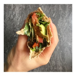 TOMATO & CHILI LIME OIL AVOCADO TORTILLA
