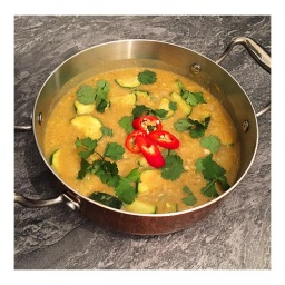RED LENTIL & COURGETTE DHAL