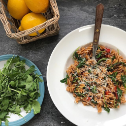 TOMATO & ROCKET FUSILLI WITH LEMON