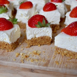 SUMMER STRAWBERRY CHEESECAKE SQUARES (WRITTEN FOR QUENCH FOOD)