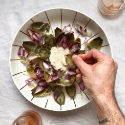GLOBE ARTICHOKE WITH GARLIC DIP