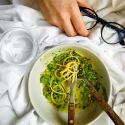 CRUSHED PEA, PRESERVED LEMON & PISTACHIO PASTA